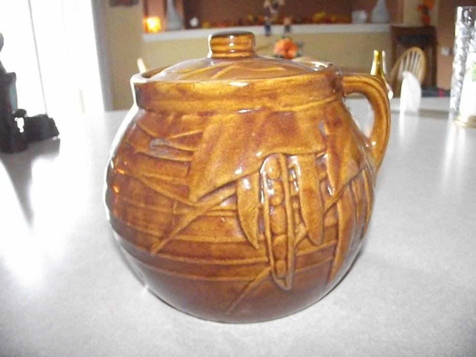 McCoy Vintage Pottery 1940's Bean Pot with lid one handle decorative with beans