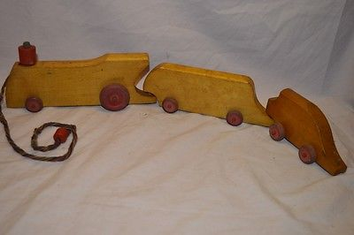 Vintage Somerville Toy Wooden Pull Train Canada 3 Piece