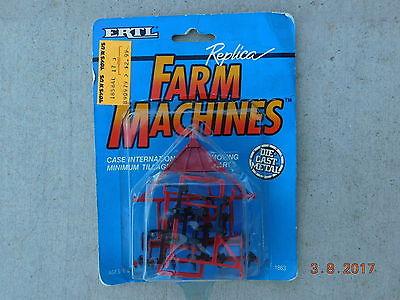 ERTL FARM MACHINES 1:64 CASE INTERNATIONAL MINIMUM TILLAGE PLOW