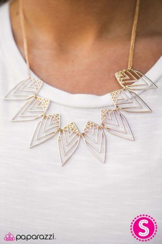 Paparazzi Jewelry Necklace And Earrings Gold Colored