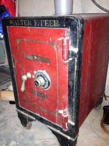 Walter F Peer Safe / Antique Vault