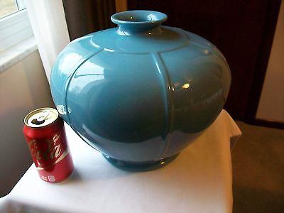 McCoy Roseville Floraline Fineforms Crown Vase #452 Heritage Blue 10