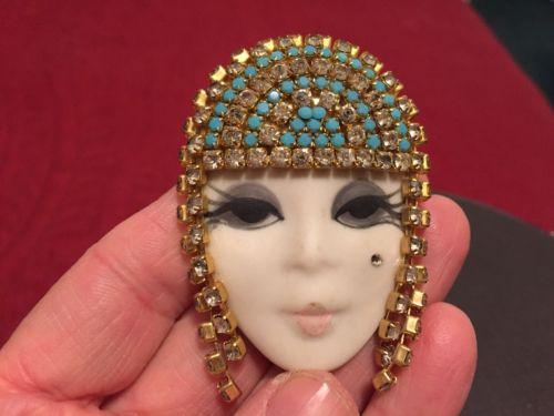 DESIGNER PIN EGYPTIAN WOMENS FACE/RESIN W/PAINT-RHINESTONES/2.5