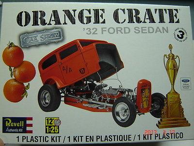 Revell Monogram 1932 Ford Orange Crate Hot Rod Drag Show Car AMT Ertl Deuce