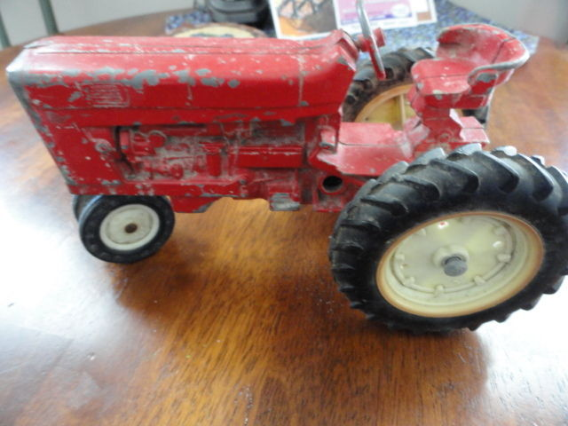 Steel toy Tractor (older than dirt)