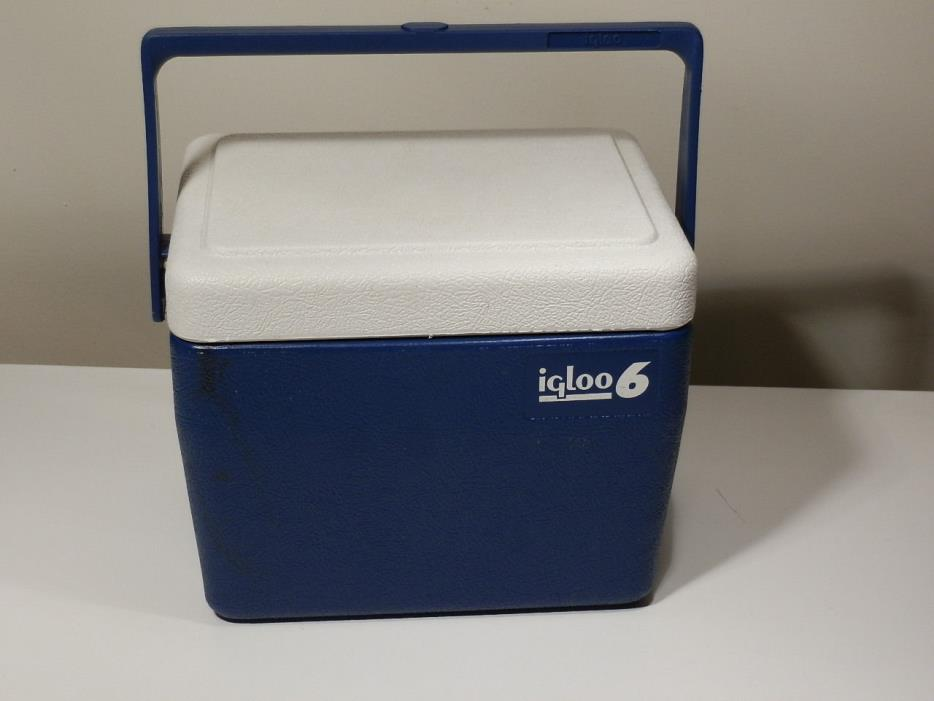 IGLOO 6 COOLER BLUE AND WHITE W SWING HANDLE 8