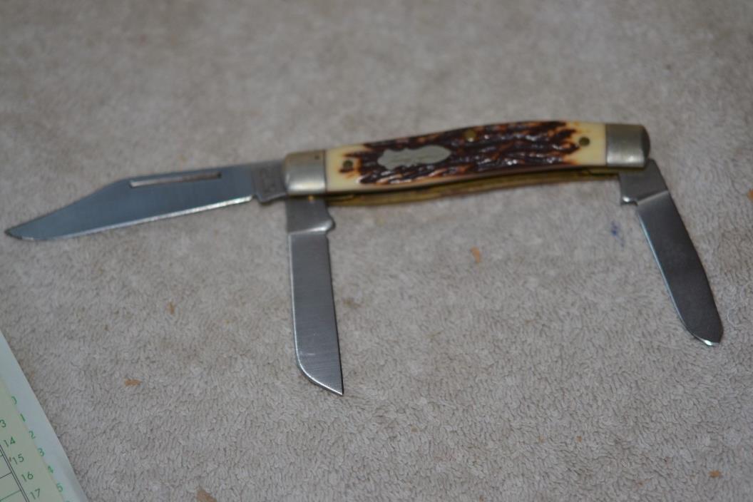 #2 Schrade Uncle Henry 885 Pocket Knife
