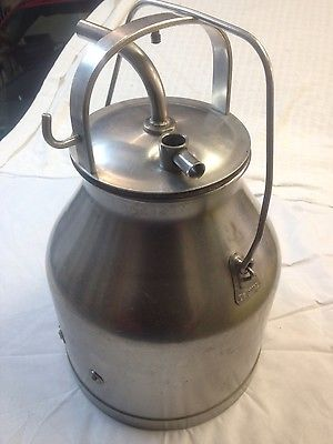 DeLaval 5 gallon stainless milk can container with lid. missing lower handle.