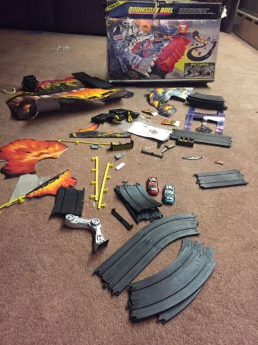 Tyco Doomsday Duel HO Slot Car Track 90%.COMPLETE W/ Original Box