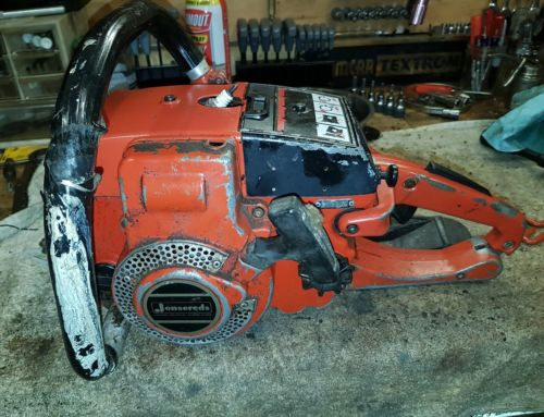 JONSERED 52 CHAINSAW FOR PARTS OR REPAIR.