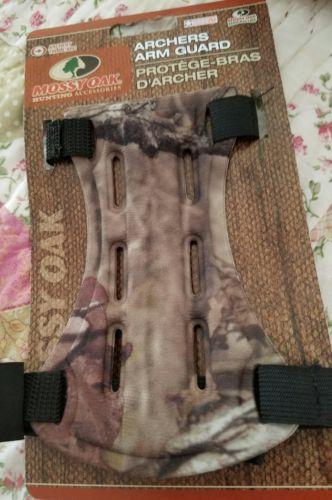 Mossy Oak Arm Guard Bow Hunting Archery Arm Guard 6.5