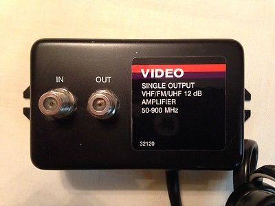 12 db VHF / FM / UHF signal amplifier 50-900 MHz, Single Output