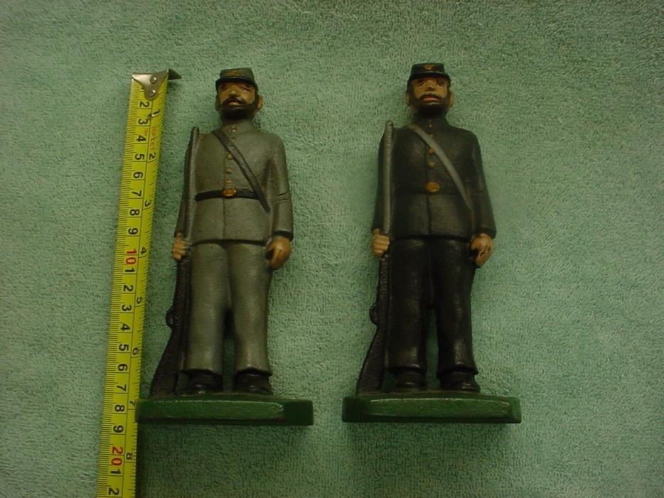 Vintage Cast Iron Civil War Union & Confederate Soldiers Statue Bookends
