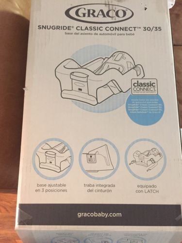 Graco Snugride Classic Connect 30/35 Car Seat Base NEW!
