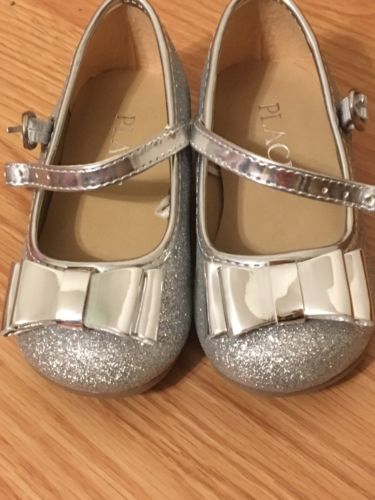 Children's Place Toddler Girls Silver Shoes Sz 5