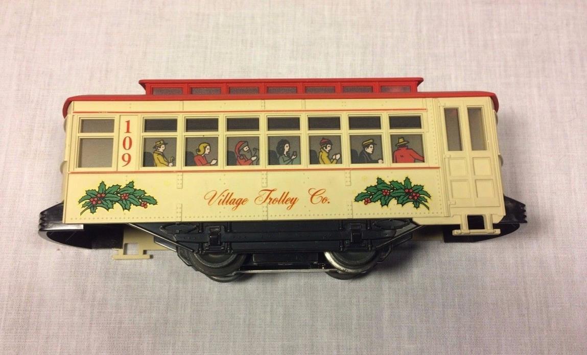 Lionel Train 109 Village Trolley Co.  Motorized Christmas Trolley Car w/ Tracks