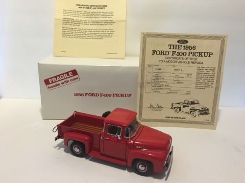 Danbury Mint 1/24 1956 Ford F- 100 Pickup Red With Title Original Box.