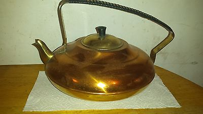 Holland teapot