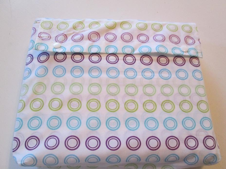 GEOMETRIC CIRCLES AQUA PURPLE GREEN QUEEN SIZE TOP SHEET 2 PILLOW CASES IN BAG