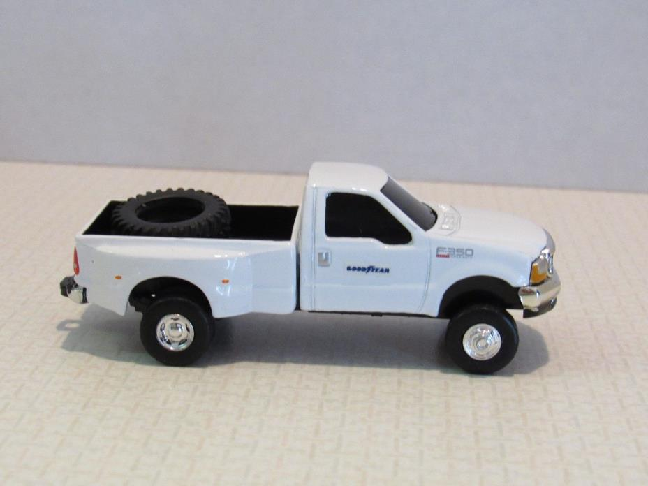1/64 Ertl Farm Toy CUSTOM WHITE FORD GOODYEAR PICK UP TRUCK WITH TIRE