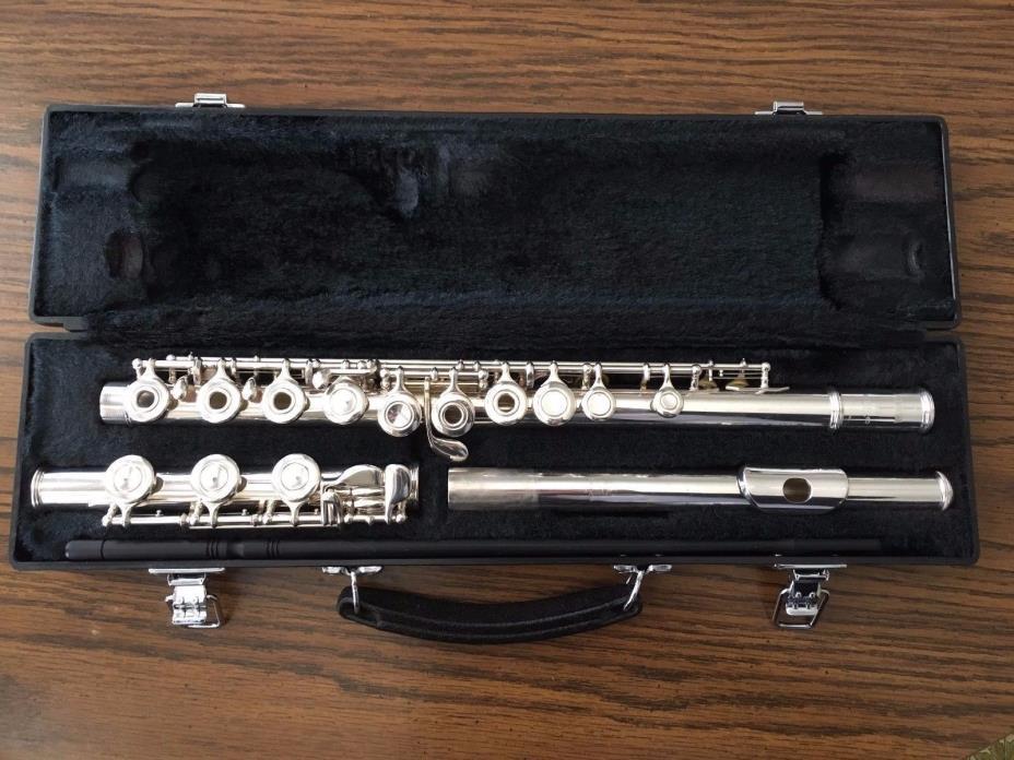 Yamaha 361 Intermediate Open Hole Silver Headjoint Flute with Case