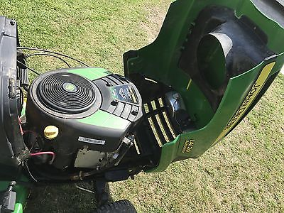 JOHN DEERE LA120 BRIGGS & STRATTON 21HP V-TWIN ENGINE