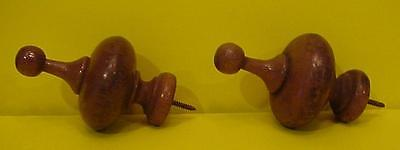 TWO (2) WOODEN DOOR OR DRAWER PULLS
