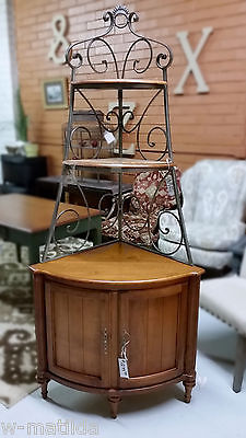 Ethan Allen Corner Bakers Rack China Cabinet Legacy Collection cinnamon birch