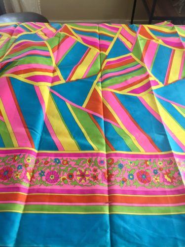 Vintage Fabric (1950's-60's) Hawaiian
