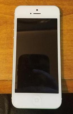 WATER DAMAGED iphone 5 white (verizon) (parts/fix)