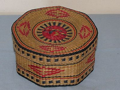 Antique American Indian Navajo Native Hand Woven Octagonal Lidded Basket (01)