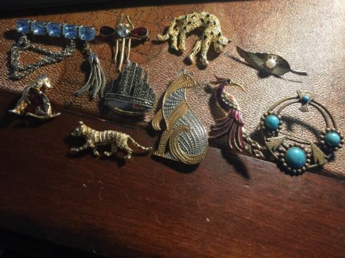 Brooch Pins Junk Drawer Lot