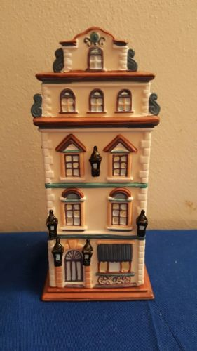 PartyLite Cafe Prague Tealight House Candle Christmas Village