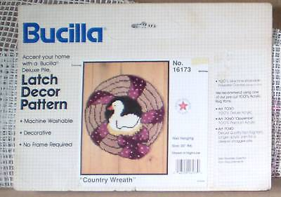 Bucilla County Wreath Rug Canvas or Wall Hanging Canvas
