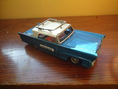 VINTAGE TIN LINCOLN LIMOUSINE FRICTION CAR