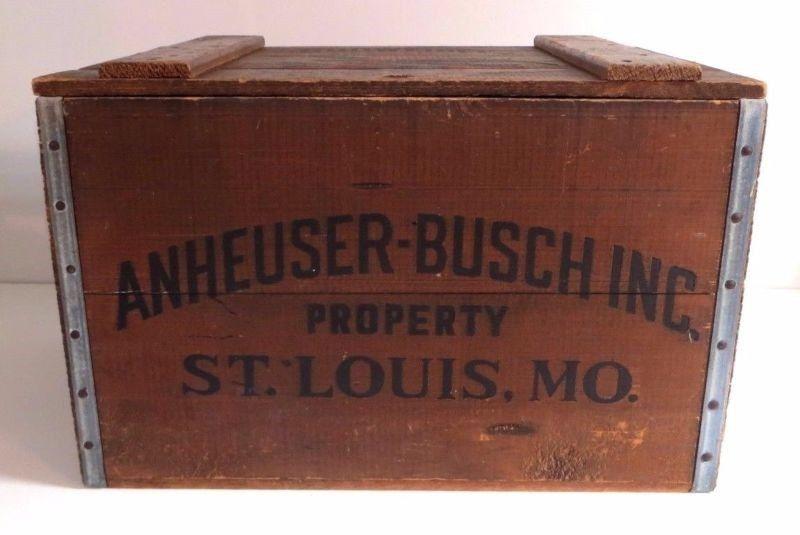 VINTAGE 1876 - 1976 ANHEUSER BUSCH/BUDWEISER  CENTENNIAL WOODEN BEER CRATE BOX