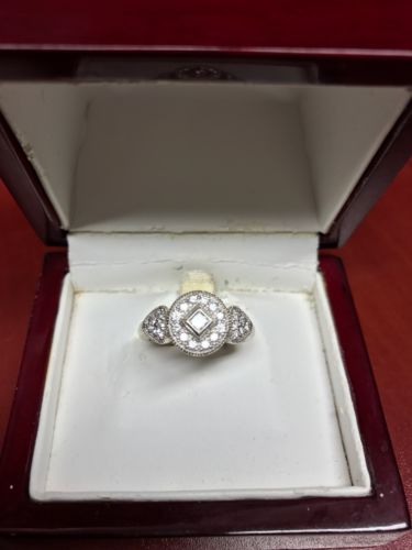 Ladies Beautiful Diamond Accent Ring Sz. 5-6