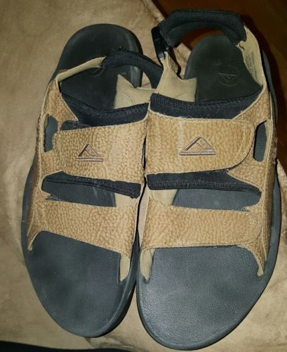 Reef Leather Hiking Sandals Mens Sz 11