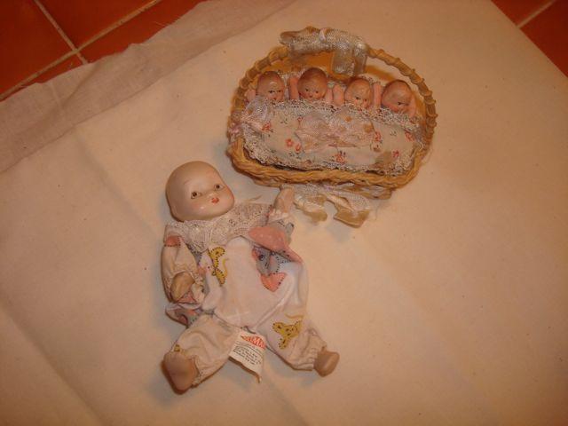 Vintage Artmark Chicago Babies in Basket Bisque China