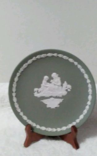 Collectors Wedgwood plate Mother 1972