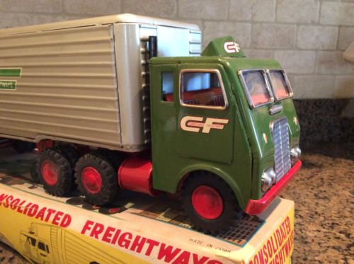 Consolidated Freightways Friction Tractor & Van Trailer