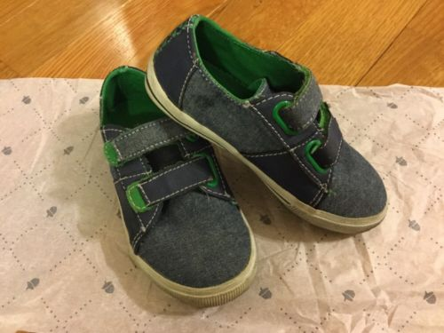 Boys/ Kids / Toddlers Tucker +Tate Shoes Size 9.5M