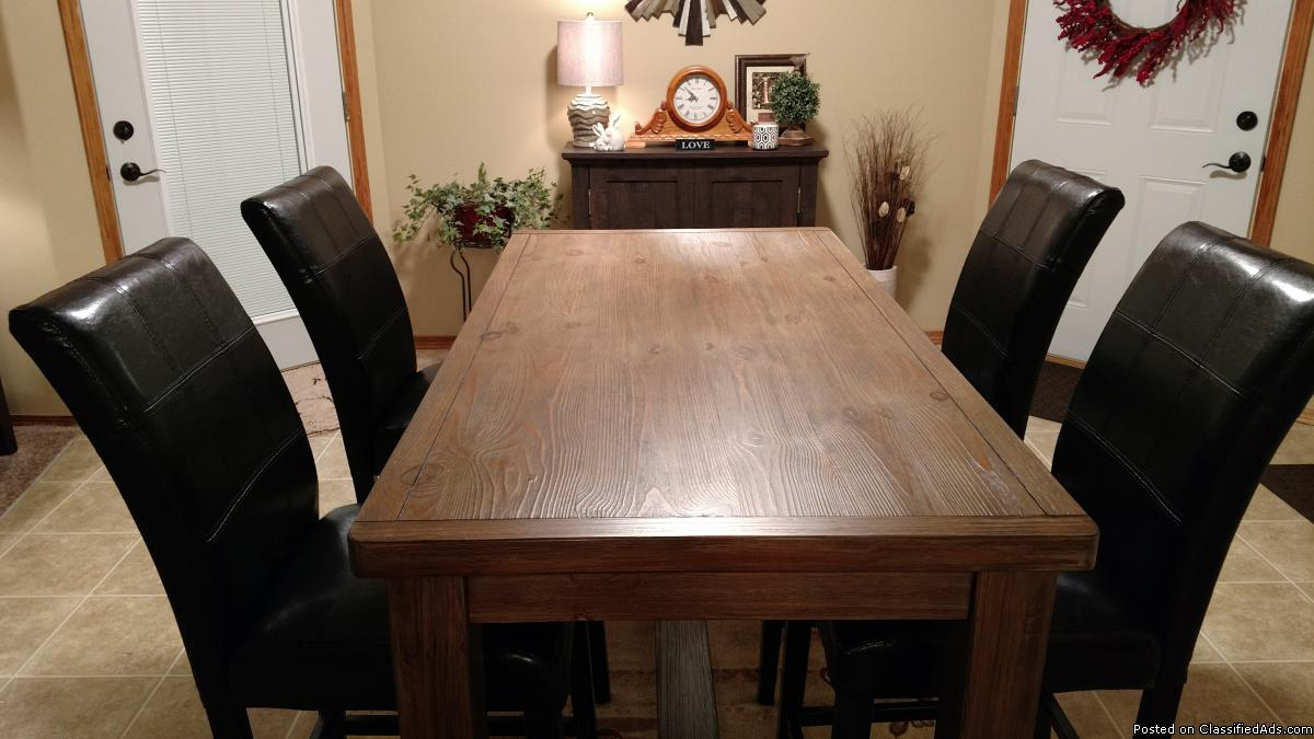 Brand new dining room table with chairs