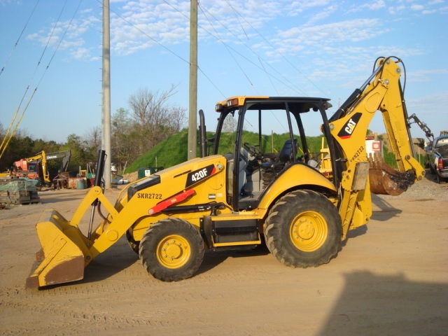 2014 CATERPILLAR 420F LOADER BACKHOE