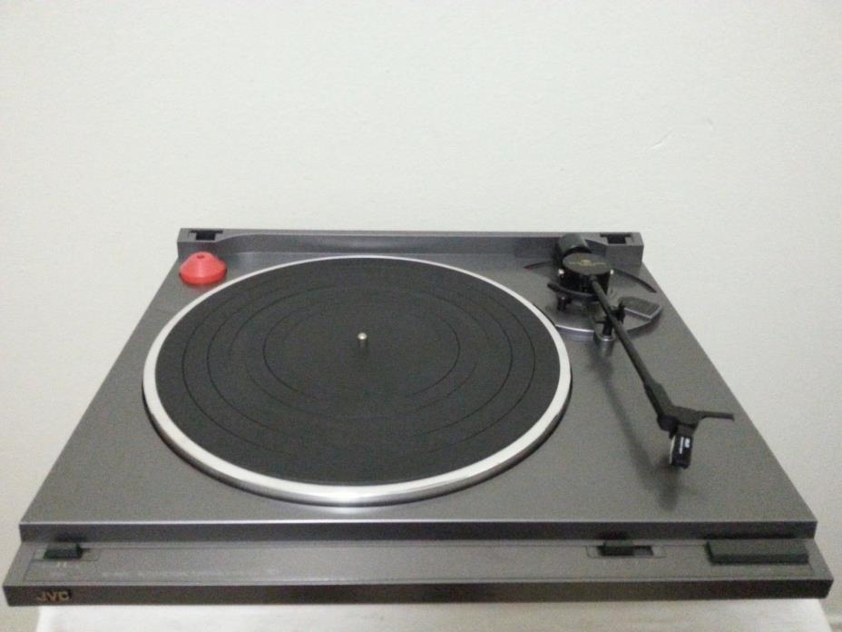 Vintage JVC AL-A155 Semi-Automatic Turntable/Good Working Condition