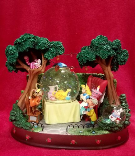 Disney Alice in Wonderland Unbirthday Party Snowglobe