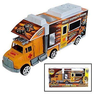 Toy Mobile Safari Vet Station Truck (8