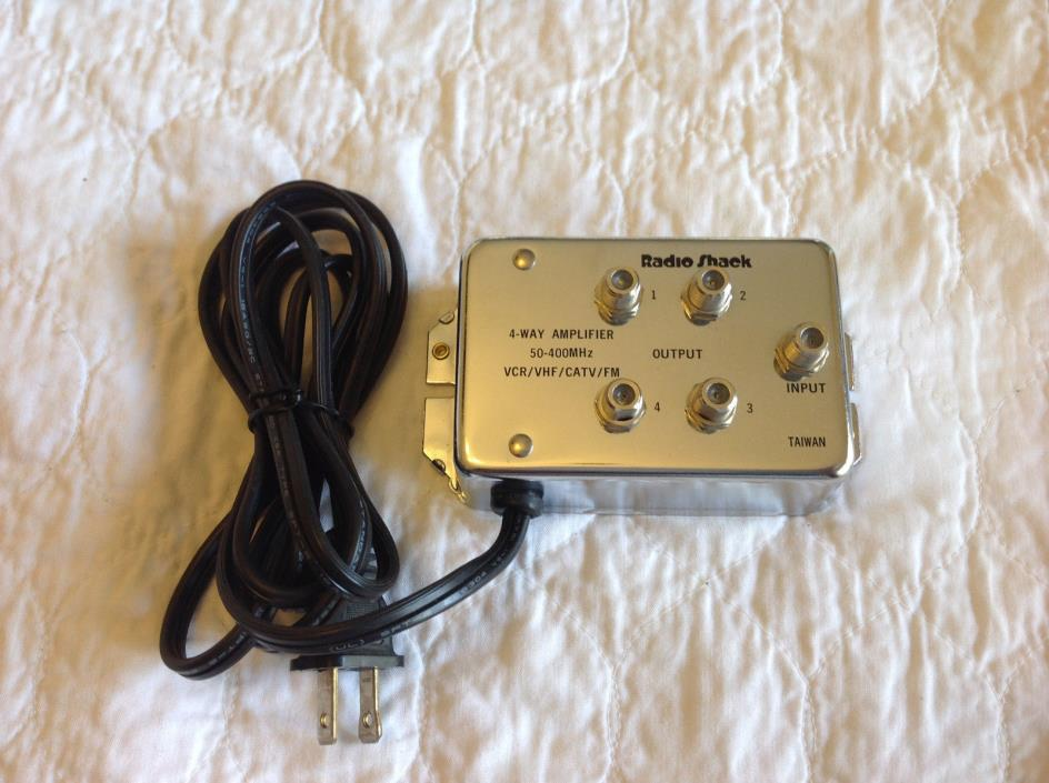 Radio Shack 15-1119 4-Way Coaxial Cable Distribution Amplifier Boost(50-400MHz)