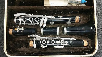 Clarinet - Bundy - Comes with Case