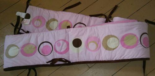 Pink crib bumper